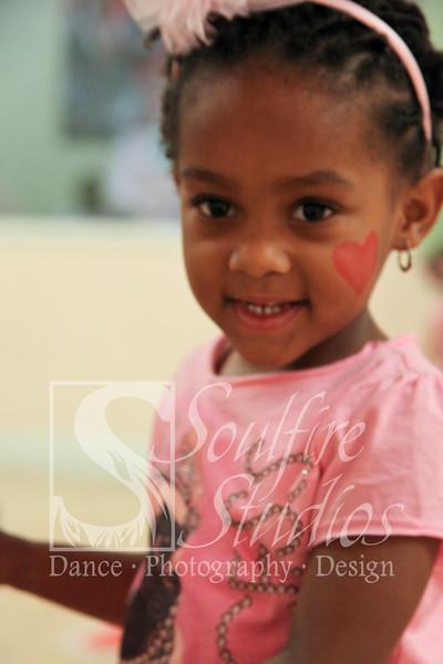 053 Pinkalicious Benefit 2012
