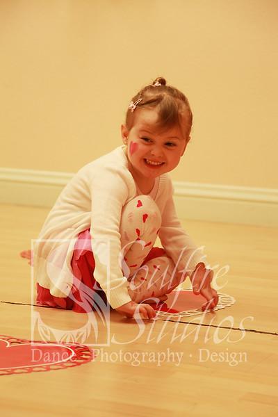 058 Pinkalicious Benefit 2012