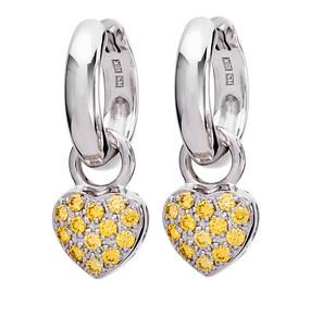 Strömdahls Juveler http://www.stromdahl.se  08 24 04 65  Släta creoler. Ø 12 mm. Påhängsdelar hjärtan finns med vita och gula diamanter 26 stenar 0,36 carat. Pris: 15.725 kr