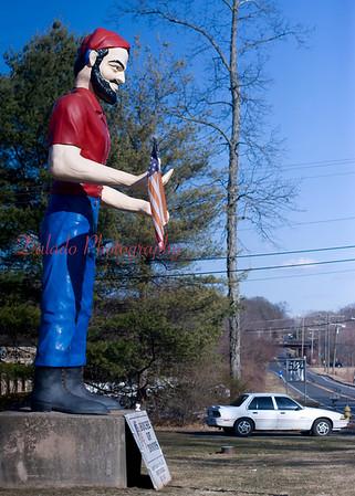 Muffler Man in Cheshire, CT.