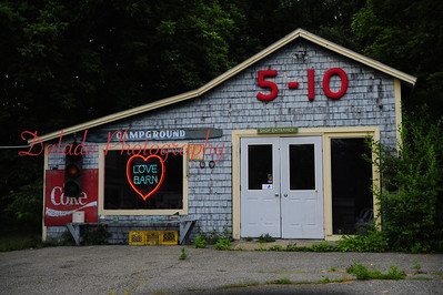 Awesome store in Maine, or is it?