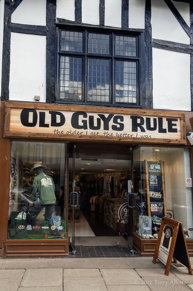 Old-Guys-Rule,-Stratford-upon-Avon<br /> <br /> .....and old gals, too!!!