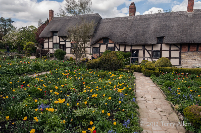 Anne-Hathaway-cottage--1,-Stratford upon-Avon