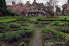 Medicinal-herb-garden-at-Hall's-Croft-house,-Stratford-upon-Avon