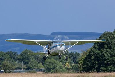 G-CCSN Cessna 206, Skydive Strathallan