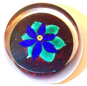 """DCP04438PE-Faceted Blue Flower....Strathearn Experimental Blue Flower with the top and one side faceted on a rare amber ground 2.6"""" x 1.4"""" & 10 ozs. Concave fire-polished base. No label. circa 1978 to 1980. acquired 01-17-03."""