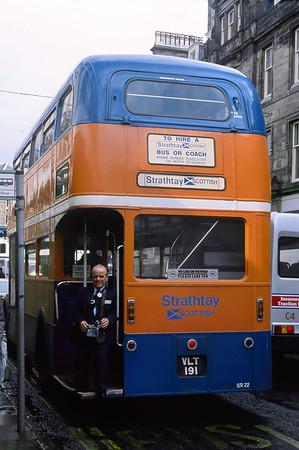 Strathtay_Highland Hire SR22 Queensgate Inverness Sep 88