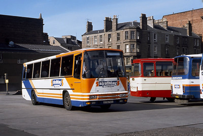 Strathtay ST18 Dundee Bus Station Sep 90