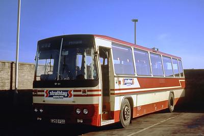 Strathtay ST20 Aberdeen Bus Station Sep 90