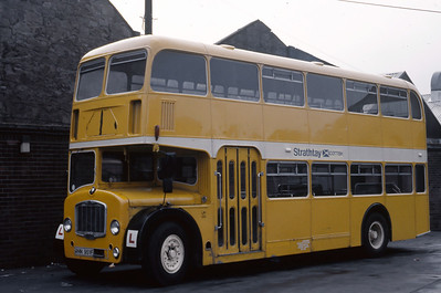 Strathtay T2 Dundee Bus Stration Apr 89
