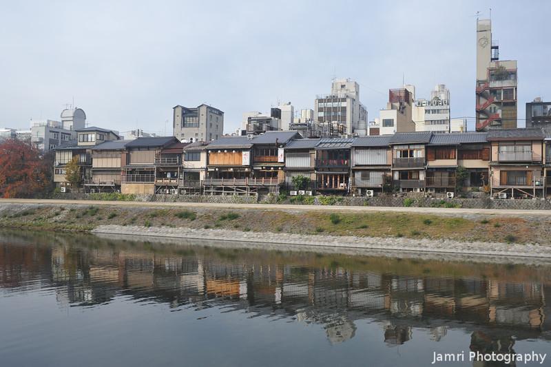 Along the Kamogawa