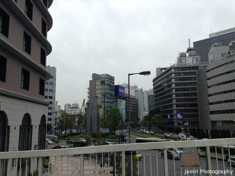 A bit of Umeda.<br /> Snapped on our way between the Hankyu Department store and the Daimaru Department Store.