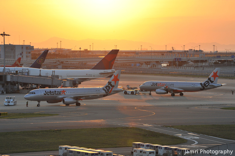 Two Jetstar Asia Flights Departing