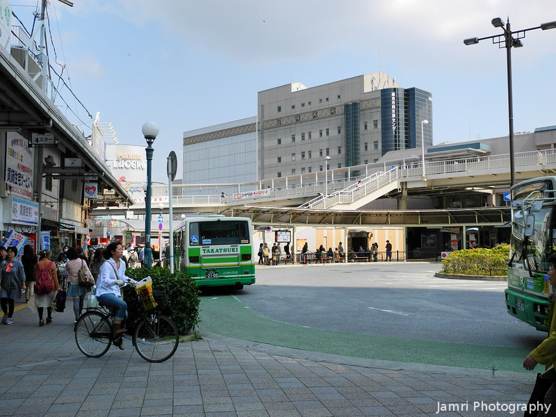 Near the bus stops.<br /> Just outside the AL-Plaza in Takatsuki.