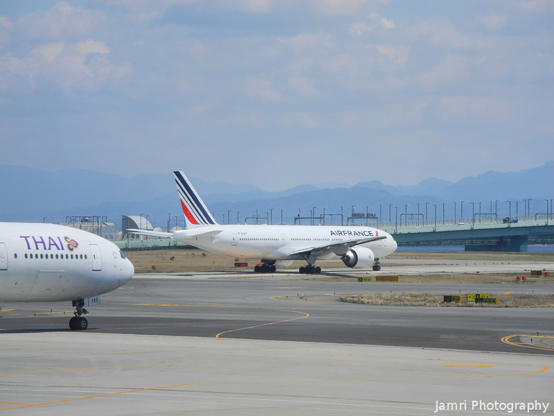 Thai Airways and Air France.<br /> At Kansai Airport, Osaka-fu, Japan.