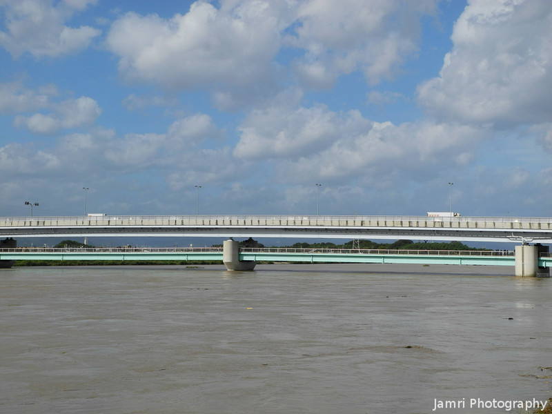 Approaching the Double Decker Bridge