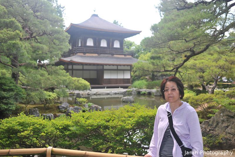 Ritsuko at Ginkaku-ji.