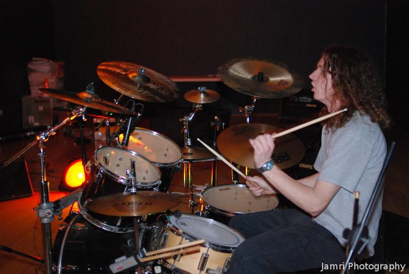 The Human Drum Machine!