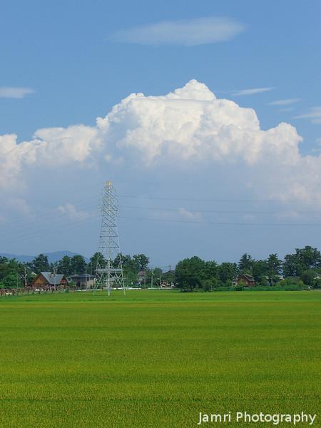 Big Summer Clouds.<br /> From Omi-Nakasho Station in Makino, Shiga.