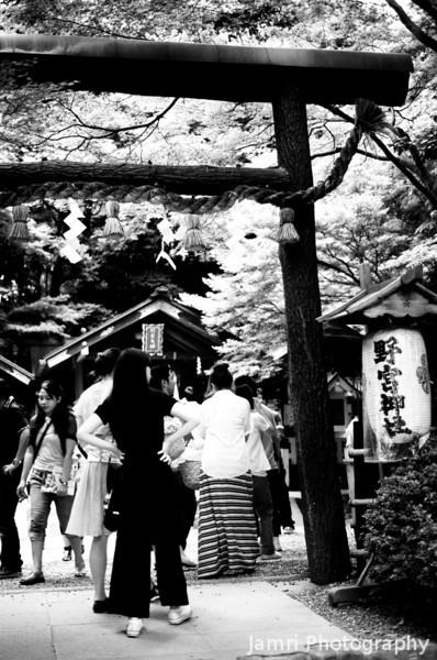 At the Entrance of Nonomiya Shrine.<br /> In Arashiyama, Kyoto.<br /> Note Film Shot: Nikon F80 + 50f/1.8 + Orange Filter + Fujifilm Neopan Acros