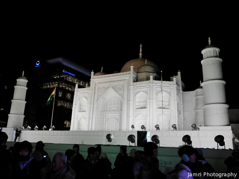 The Taj Mahal of Sapporo.<br /> This large snow sculpture was made to celebrate 60 years of diplomatic relations with India.