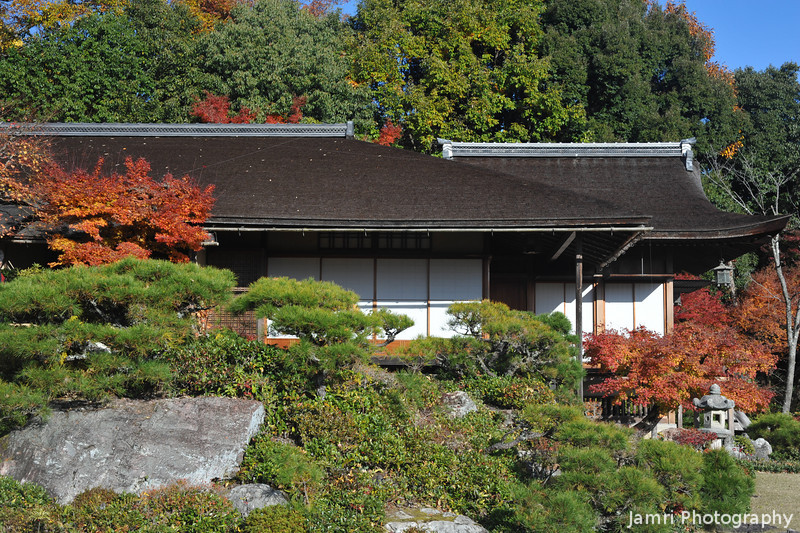 Country Villa.<br /> Okochi Sanso was the country villa of Denjiro Okochi a famous Actor who acted in silent Samurai movies. It's now a place you can visit for a 1000yen entry fee which includes green tea and a snack.