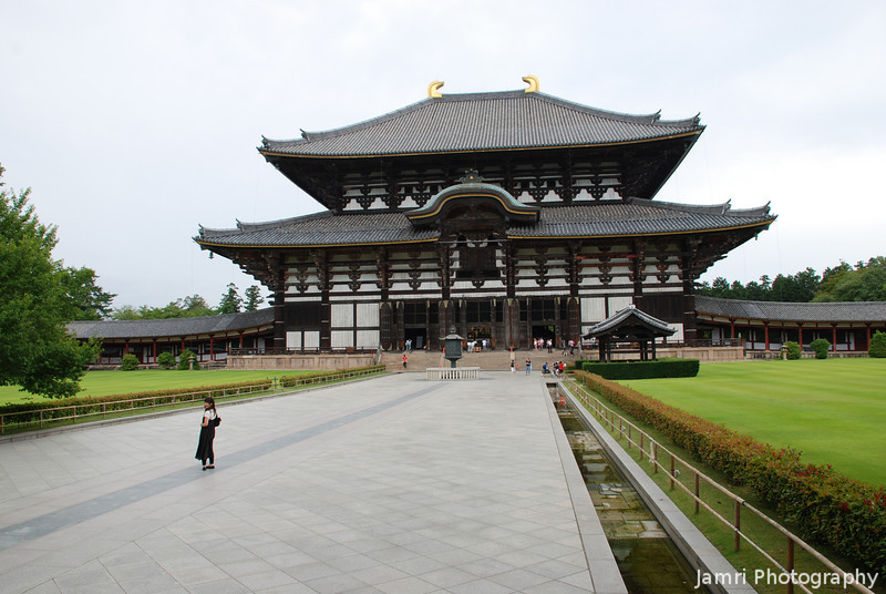 Todai-ji<br /> Is a Buddhist Temple in Nara and it's the World's biggest wooden building.