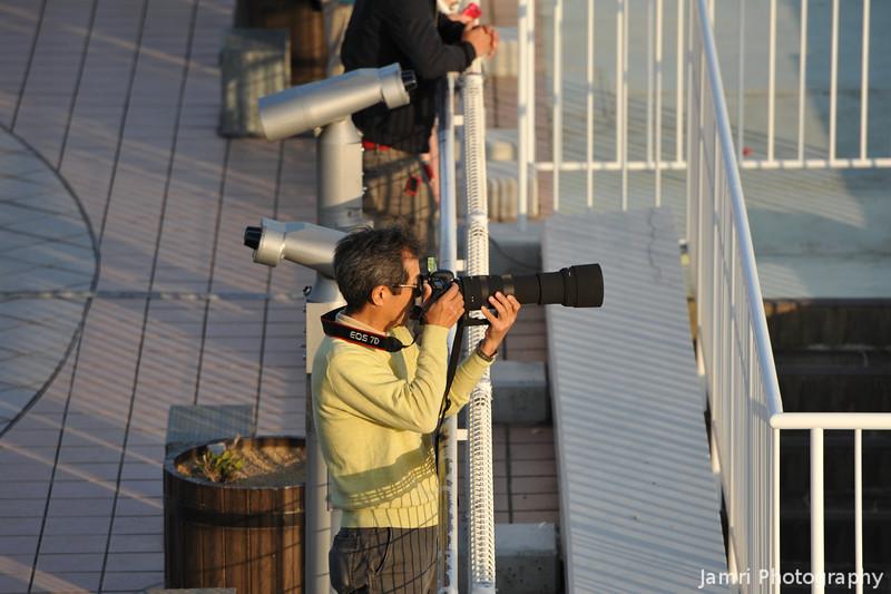 Intense Focus.<br /> Another Plane Shooter at Kansai Airport.