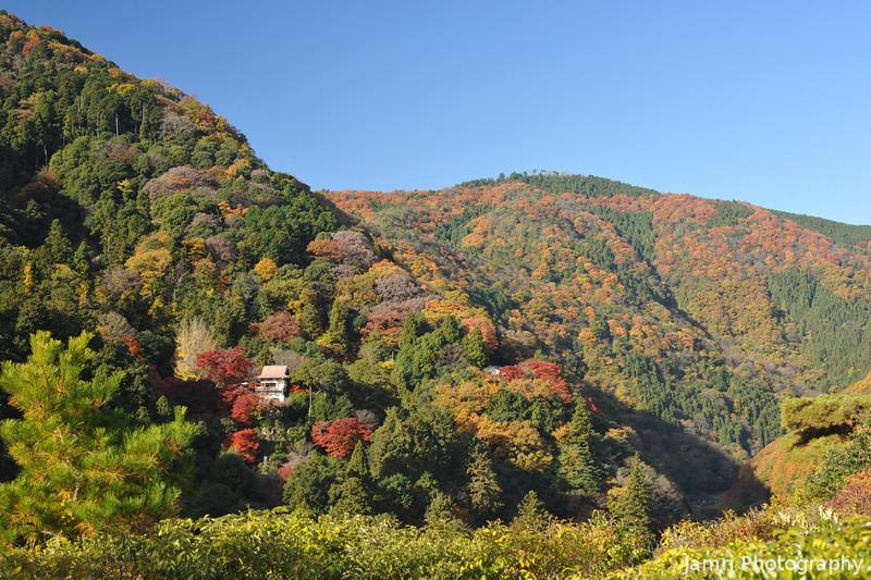 Towards Senko-ji (Senko Temple) from Okochi Sanso.<br /> Arashiyama, Kyoto.