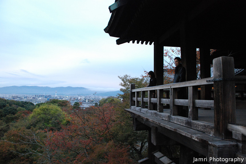 Enjoying the morning view.<br /> At Kiyomizu-dera (Kiyomizu temple) Higashiyama, Kyoto.