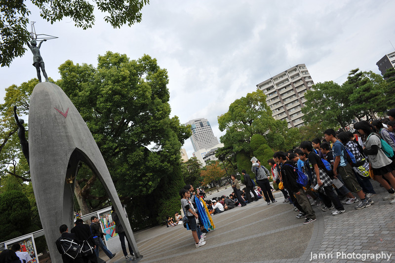Children Singing Songs of Peace.<br /> At Sadoko's memorial in Hiroshima.