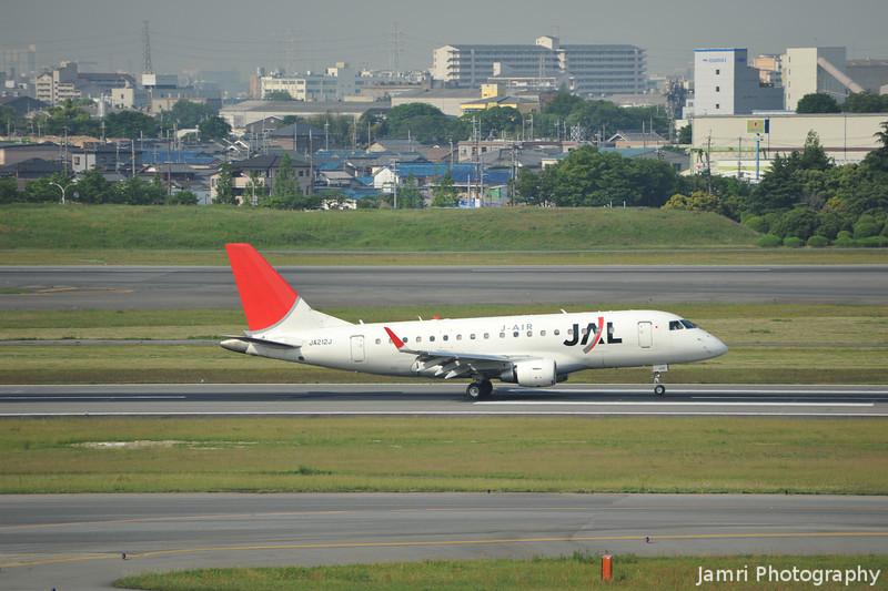 JAL (J-Air) Embraer 170 landed.