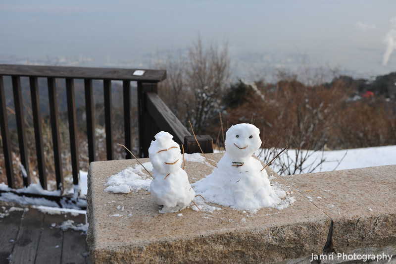 Little Snowmen on Mt. Rokko.