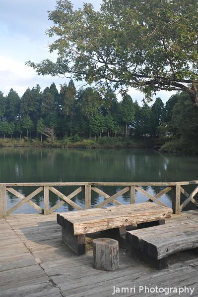 Lake Side Seating.<br /> At Lake Tanuki, Shizuoka, Japan.
