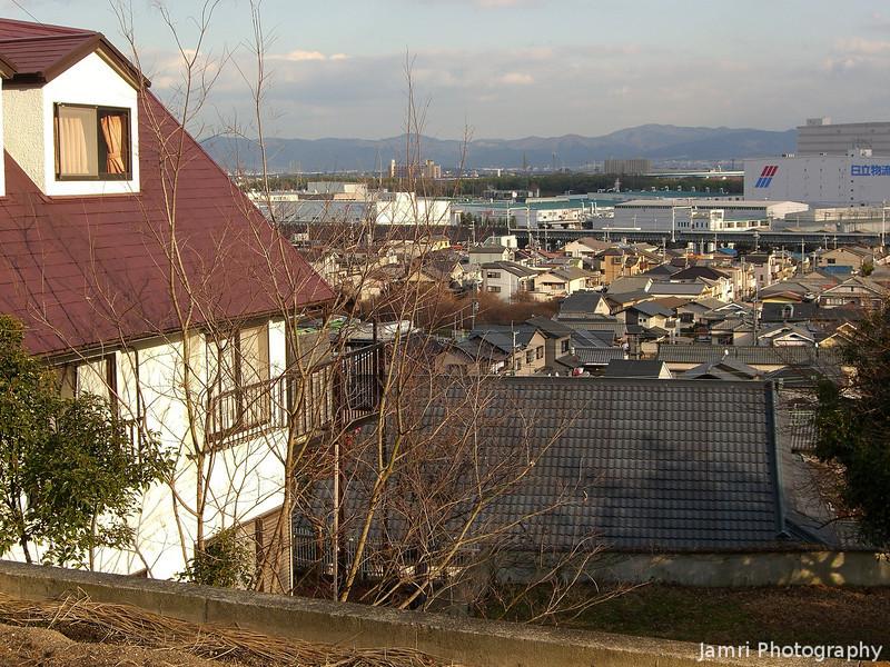 Nice house and view.<br /> Pass this house while hiking with the Nagaokakyo Hiking Club.