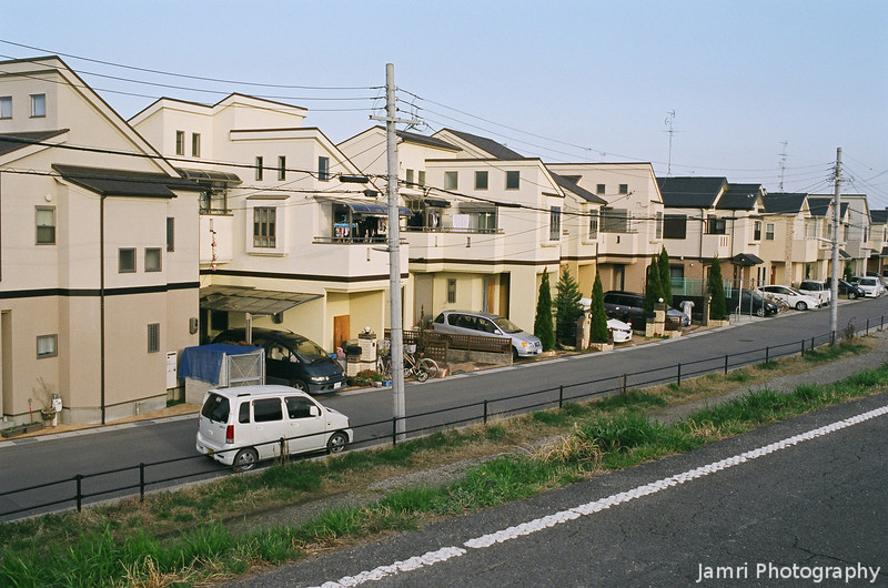 New Houses.<br /> Walking by a New Development in Nagaokakyo.<br /> Note Film Shot: Nikon F80 + Nikkor AF 35 f/2 + Fujicolor PRO400