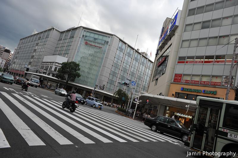 Towards Takashimaya.<br /> On Shijo-dori, Kyoto.