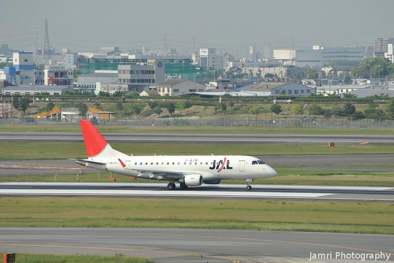 JAL (J-Air) Embraer 170 at Itami Airport.