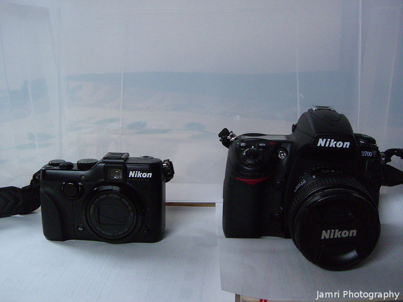 Comparison of the P7100 and D700 from the front.
