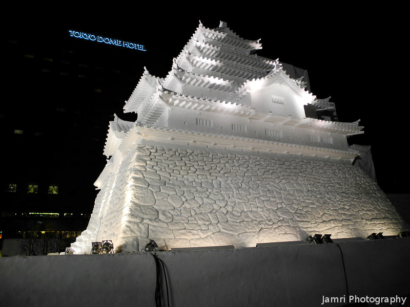 Along side the Aizuwakamatsu Castle snow sculpture.