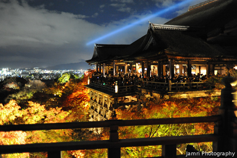 A bit of a lower angle.<br /> Of the main building at Kiyomizu-dera (Kiyomizu Temple).
