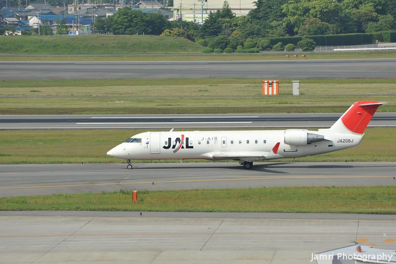 JAL (J-Air) Canadair Regional Jet CRJ-200ER at Itami Airport.