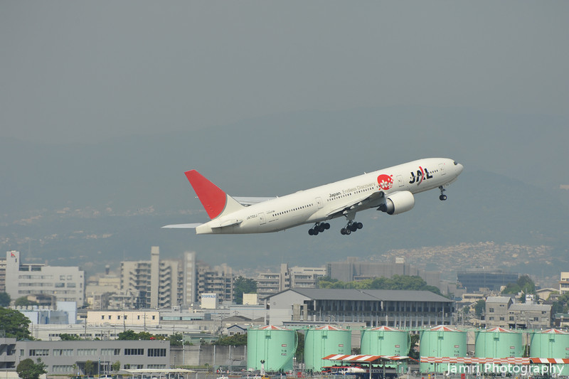 "JAL Boeing 777-200 ""Japan Endless Discovery"" just after take off from Itami Airport."