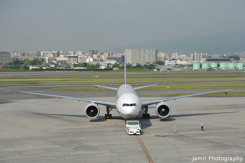Boeing 777-300 departing.<br /> From Osaka Itami Airport (the Domestic Airport of Osaka, the International Airport is Kansai).