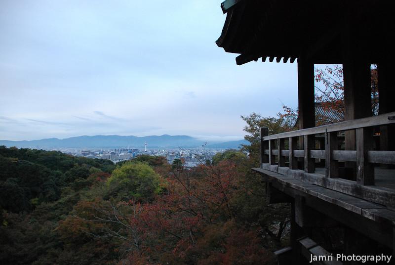 In the cool of the morning.<br /> At Kiyomizu-dera (Kiyomizu Temple), Higashiyama, Kyoto.