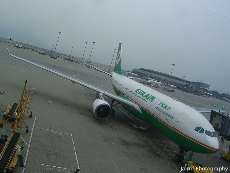 Eva Air.<br /> At Hong Kong Airport. Just noticed the first character in this Airlines name in Chinese Character is the same character as the first character in the Kanji for Nagaokakyo (where I live in Japan).