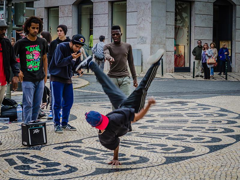 Lisbon Street Art Image ~ Messagez.com