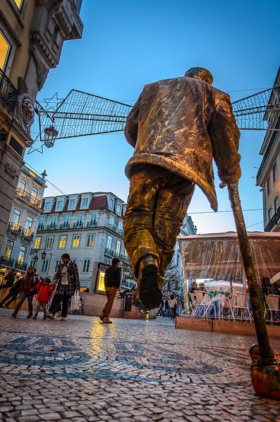 The Flying Man 2 Best Lisbon Street Art Photography By Messagez.com