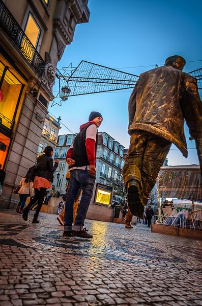 The Flying Man Best Lisbon Street Art Photography By Messagez.com