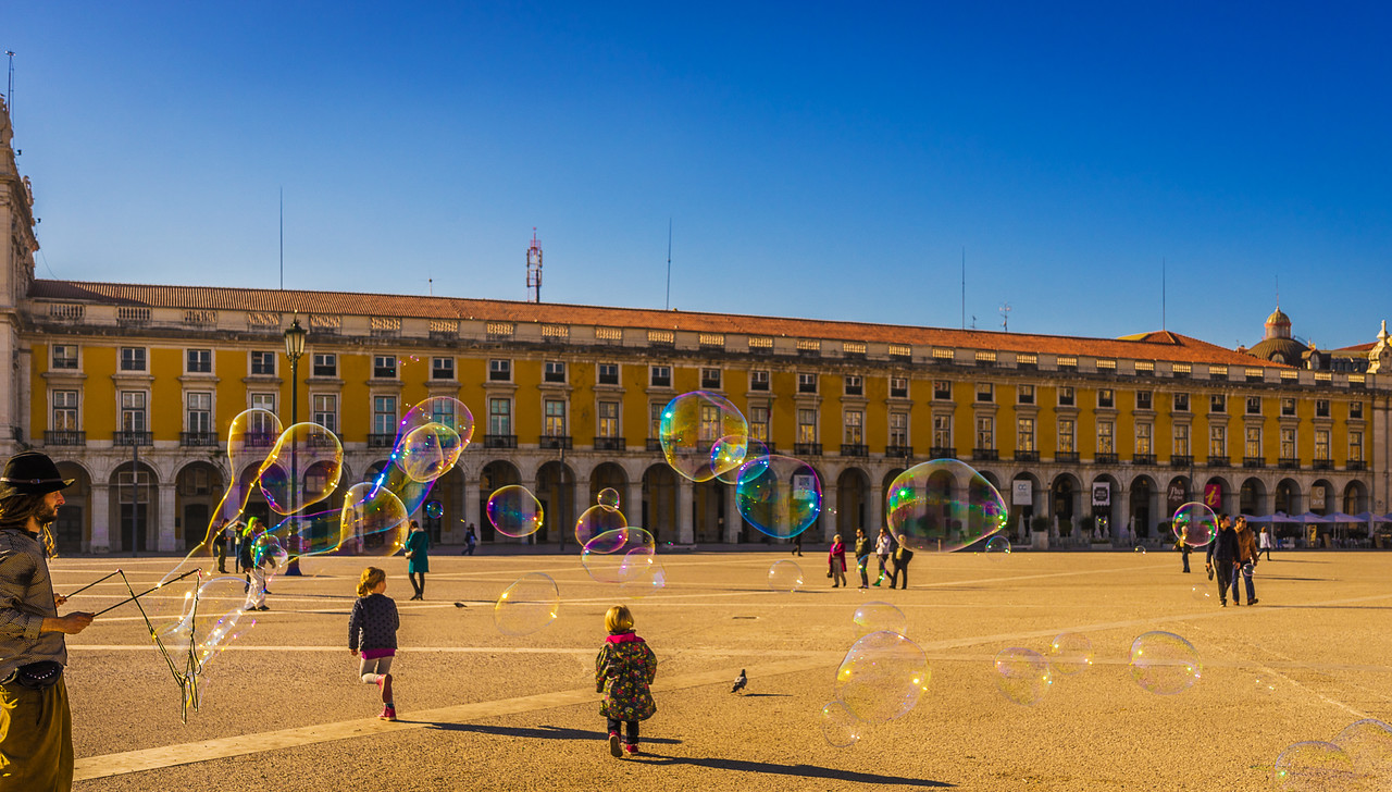 Best of Lisbon Street Art Soap Bubbles Photography 2 By Messagez com